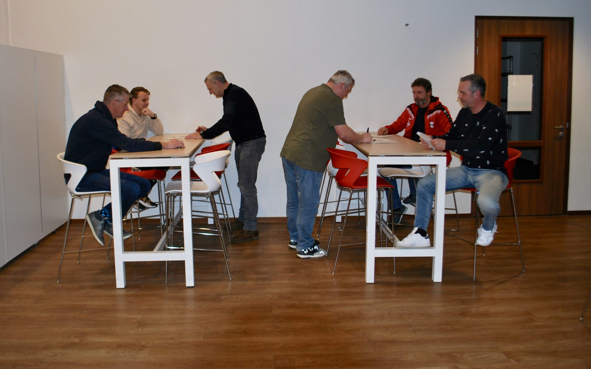 Stafgroep senioren selectieteams seizoen '21/'22 compleet.